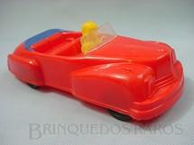 1. Brinquedos antigos - Trol - Carro conversível vermelho com motorista amarelo 22,00 cm de comprimento Década de 1950