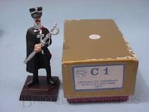 1. Brinquedos antigos - M.T. - Oficial dos  Carabinieri em Piccola Uniforme 1927