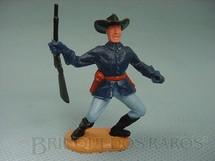 1. Brinquedos antigos - Timpo Toys - Comandante da Sétima Cavalaria de pé com rifle