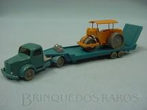 1. Brinquedos antigos - Wiking - Cavalo Mecânico Mercedes Benz com carreta prancha e trator compactador escala HO