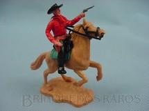 1. Brinquedos antigos - Timpo Toys - Cowboy montado a cavalo com revolver Década de 1970