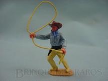 1. Brinquedos antigos - Timpo Toys - Cowboy de pé com laço