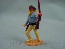 1. Brinquedos antigos - Timpo Toys - Cowboy de pé com rifle