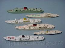 1. Brinquedos antigos - Tri Ang - Conjunto de seis navios de passageiros Waterline Models Década de 1960
