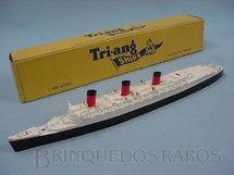 1. Brinquedos antigos - Tri Ang - Navio RMS Queen Mary Waterline Models Década de 1960