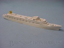 1. Brinquedos antigos - Tri Ang - Navio RMS Camberra Waterline Models Década de 1960