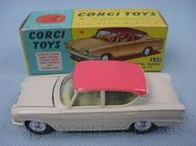 1. Brinquedos antigos - Corgi Toys - Ford Consul Classic 315 Ano 1962