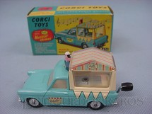 1. Brinquedos antigos - Corgi Toys - Musical Walls Ice Cream Van on Ford Thames