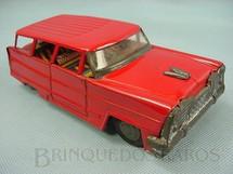 1. Brinquedos antigos - Bonzo - Perua vermelha com 18,00 cm de comprimento Década de 1970