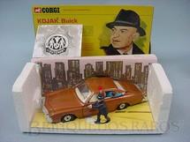 1. Brinquedos antigos - Corgi Toys - Kojak Buick completo com figuras