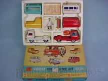 1. Brinquedos antigos - Corgi Toys - Gift Set Constructor Set with Commer 3,4 ton Chassis Units Década de 1960
