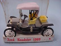 1. Brinquedos antigos - Minialuxe - Ford Roadster 1909