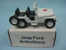 1. Brinquedos antigos - Minimac - Jeep Ford Willys Ambulância Década de 1970