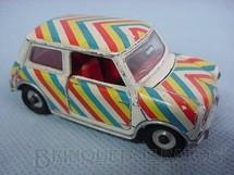 1. Brinquedos antigos - Dinky Toys - Mini Minor Década de 1960