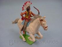 1. Brinquedos antigos - Britains - Índio montado a cavalo com arco e flecha Série Deetail Década de 1970