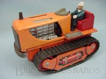 1. Brinquedos antigos - Sem identificação - Trator de esteira com 26,00 cm de comprimento Década de 1960