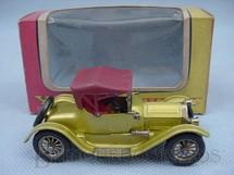 1. Brinquedos antigos - Matchbox - 1913 Cadillac Yesteryear