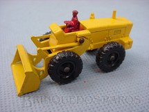 1. Brinquedos antigos - Matchbox - Aveling Barford Tractor Shovel Black Plastic Regular Wheels motorista vermelho