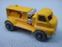 1. Brinquedos antigos - Matchbox - Bedford Compressor Truck Metal Regular Wheels