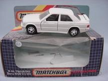 1. Brinquedos antigos - Matchbox - Mercedes Benz 190E 2.3 16V Super Kings