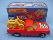 1. Brinquedos antigos - Matchbox - Caminhonete Holden Pick Up Superfast vermelho