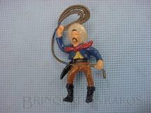 1. Brinquedos antigos - Sem identificação - Cowboy montado a cavalo com laço