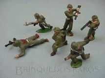 1. Brinquedos antigos - Sem identificação - Conjunto de seis soldados com uniforme verde