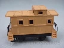 1. Brinquedos antigos - Atma - Vagão Breque amarelo curto com dois eixos Década 1970