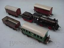 1. Brinquedos antigos - Fleischmann - Conjunto de Locomotiva e 4 vagões de carga Made in US Zone Ano 1954