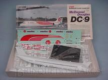 1. Brinquedos antigos - Doyusha - Avião McDonnell Douglas DC-9