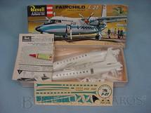 1. Brinquedos antigos - Revell - Avião Fairchild F27 primeira versão caixa dura