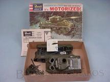1. Brinquedos antigos - Revell - Tanque de guerra Sherman M4 motorizado Caixa dura Década de 1960