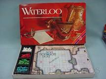1. Brinquedos antigos - Grow - Jogo Waterloo Década de 1980