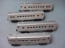 1. Brinquedos antigos - Lionel - Conjunto de quatro Carros de Passageiros de plástico pintados de alumínio Ano 1957