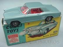 1. Brinquedos antigos - Corgi Toys - Buick Riviera azul metálico Série Trans-O-Lite acende os faróis dianteiros e traseiros Ano 1966
