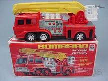 1. Brinquedos antigos - Estrela - Caminhão de Bombeiro Comando Eletrônico Década de 1980
