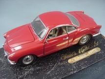 1. Brinquedos antigos - Minichamps - Volkswagen Karmann Ghia vermelho Pauls Model Art Década de 1990