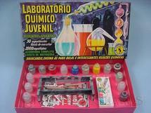 1. Brinquedos antigos - Guaporé - Laboratóro Quimico Juvenil completo com 25 Frascos de Plástico Caixa assinada Kraus Década de 1960