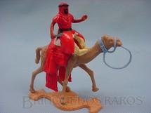 1. Brinquedos antigos - Timpo Toys - Beduíno a camelo com adaga