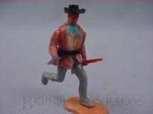 1. Brinquedos antigos - Timpo Toys - Cowboy a pé com rifle e revolver