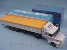 1. Brinquedos antigos - Arpra - Cavalo Mecânico Scania Vabis R113H e carreta graneleira branca
