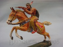 1. Brinquedos antigos - Elastolin - Índio montado a cavalo atirando com rifle Década de 1950