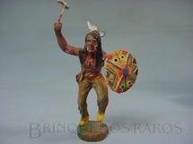 1. Brinquedos antigos - Elastolin - Índio com machado e escudo Década de 1950