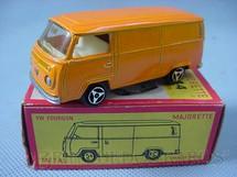 1. Brinquedos antigos - Majorette - Volkswagen Kombi Fourgon Década de 1970