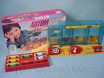 1. Brinquedos antigos - Atma - Automatma Fábrica automática de carros perfeito estado completa Década de 1970