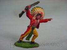 1. Brinquedos antigos - Casablanca e Gulliver - Chefe índio avançando com rifle Pena Branca Casablanca numerado 58 Década de 1960