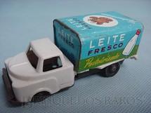 1. Brinquedos antigos - Metalma - Caminhão Leite Fresco com 10,00 cm de comprimento Década de 1960