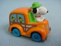1. Brinquedos antigos - Estrela - Onibus escolar do Snoopy