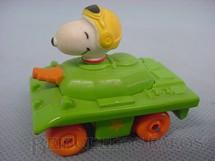 1. Brinquedos antigos - Estrela - Tanque de guerra do Snoopy