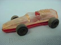 1. Brinquedos antigos - Sem identificação - Formula 1 vermelho e branco transparente Década de 1970